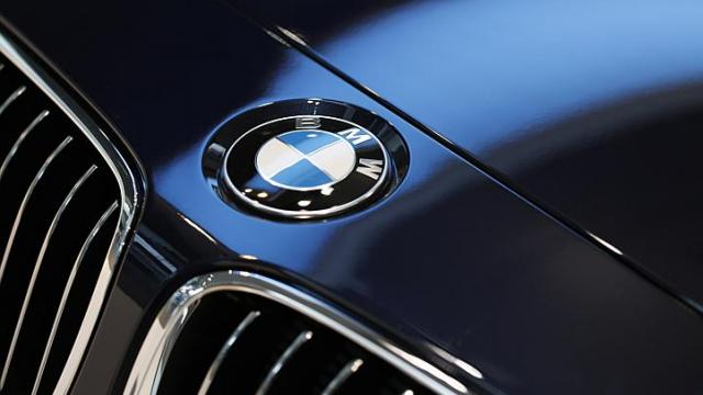 BMW Recalls 156000 Vehicles With 6-Cylinder Engines