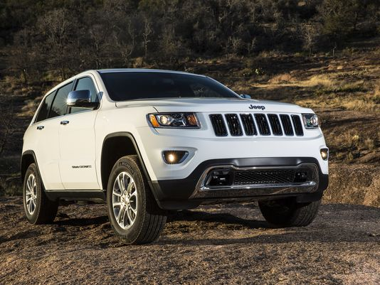 Chrysler recalls 184000 SUVs for airbag issues