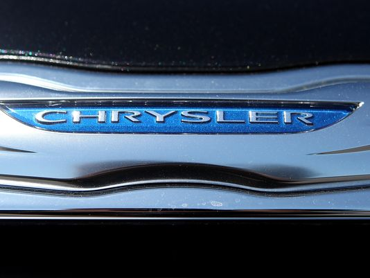 GM's sales up 0.2%; Chrysler up 21.7%; Ford falls 1.7%