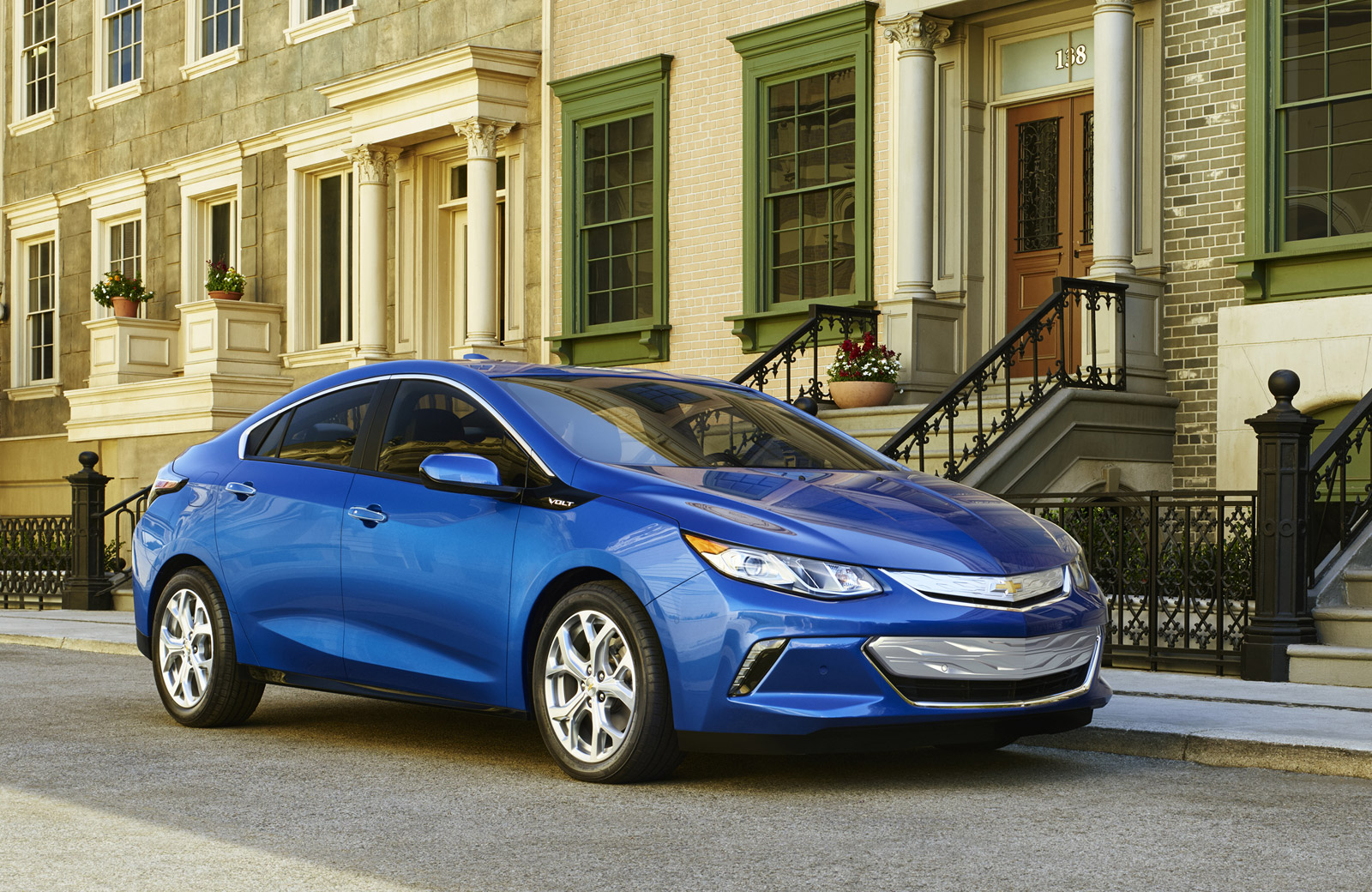 2016 Chevrolet Volt Priced From $33995, Or $1175 Lower Than 2015 Volt