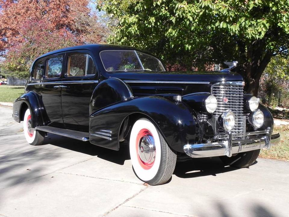 PHOTOS: 1939 V-16 Cadillac Fleetwood