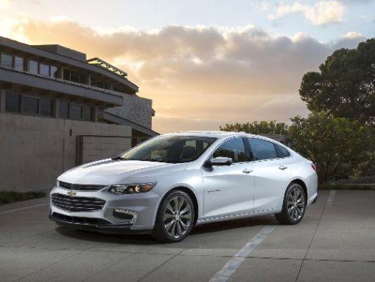 Chevrolet Malibu hybrid starts at $28645